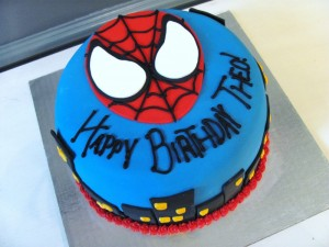 spiderman-birthday-cake